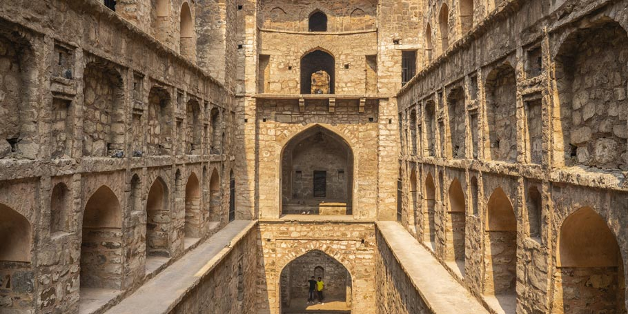 Agrasen Ki Baoli - haunted place in India